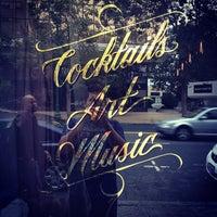Photo taken at Era Art Bar & Lounge by Xande M. on 8/4/2012