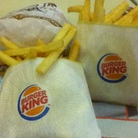 Photo taken at Burger King by Luiza Marie S. on 6/29/2012