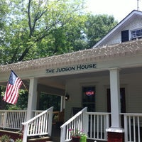 Photo taken at The Judson House - Coffee Shop & Southern Gifts by Lindsey B. on 7/19/2012
