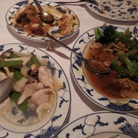 Photo taken at Golden Gate Chinese Restaurant by Cosmo L. on 3/31/2012