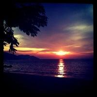 Photo taken at Batu Ferringhi Beach by Meilissa on 8/21/2011