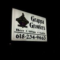 Photo taken at Grappa Growlers by Todd on 2/8/2012
