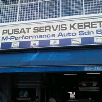 Photo taken at Benz World Service Centre by JaiL0s on 10/17/2011