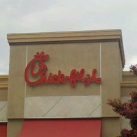 Photo taken at Chick-fil-A by Jocelyn U. on 9/5/2011