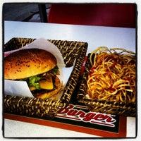 Photo taken at Egg & Burger by Ozgur G. on 6/28/2012