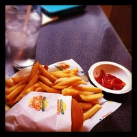 Photo taken at Johnny Rockets by Vincent L. on 2/2/2012
