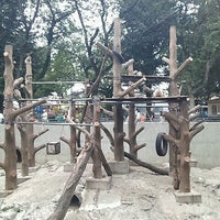 Photo taken at Inokashira Park Zoo by daruma_lunch T. on 7/22/2012