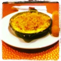 Photo taken at Boston's Restaurant & Sports Bar by Vinny J. on 6/11/2012