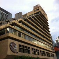 Photo taken at Corus Hotel Kuala Lumpur by Uptomaew U. on 5/5/2012