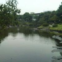 Photo taken at Kyu-Yasuda Garden by yk 0. on 7/5/2012