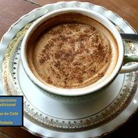 Photo taken at Largo Do Café by Ingrid H. on 2/13/2012