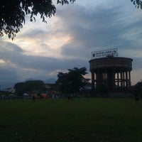 Photo taken at Alun - Alun Kota Magelang by rieza s. on 5/24/2011