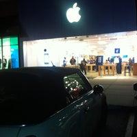 Photo taken at Apple Store, Sagemore by James P. on 1/13/2012
