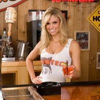 Photo taken at Hooters of Princeton by Anthony F. on 1/29/2012