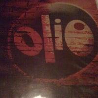 Foto tomada en Olio - Restaurante y Pub por Jennifer V. el 7/24/2011