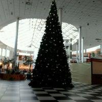 Das Foto wurde bei Atrium Reduta von Anna M. am 12/28/2011 aufgenommen
