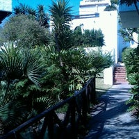Foto tomada en Hotel Puente Romano por Katie el 7/3/2012