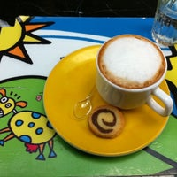 Photo taken at Vipiteno Gelato & Caffè by Claudia S. on 5/19/2011