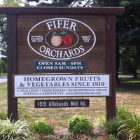 Photo taken at Fifer Orchards Farm and Country Store by Will G. on 7/28/2012