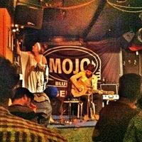 Photo taken at Mojo Blues Bar by GriZine on 7/9/2012