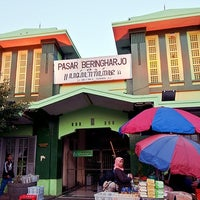 Photo taken at Pasar Beringharjo by JOEWANA on 4/4/2012