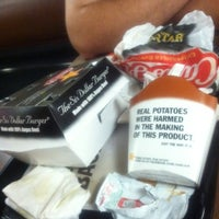 Photo taken at Carl's Jr. by Sal E. on 11/22/2011