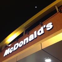 Photo taken at McDonald's by Janaína P. on 7/26/2012