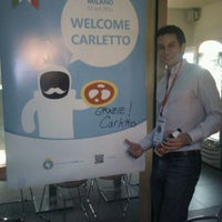 Photo taken at Tweet Cafè by Charles B. on 10/11/2011