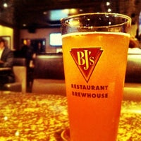 Photo taken at BJ's Restaurant and Brewhouse by Misa G. on 11/17/2011
