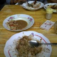 Photo taken at Sate Tongseng Kelinci & Kambing Rahmat Dekso by Wak I. on 12/10/2011