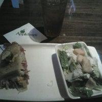 Photo taken at Applebee's by Viviane S. on 12/27/2011