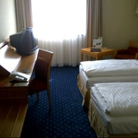 Photo taken at Columbia Hotel Rüsselsheim by Tibbo D. on 6/19/2012