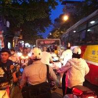 Photo taken at Ngã Tư Trần Đại Nghĩa - Đại La by AT on 5/4/2012