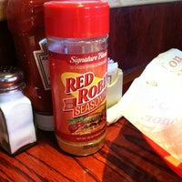 Photo taken at Red Robin Gourmet Burgers by MrMuNoZ 7o7 on 7/22/2012