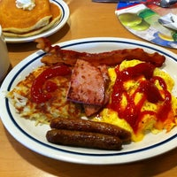 Photo taken at IHOP by Claudia H. on 8/5/2011