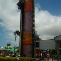 Photo taken at Big Tower by Dharlei on 2/3/2012
