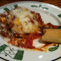 Photo taken at Olive Garden by Ashley P. on 8/18/2012