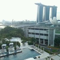 Photo taken at Mandarin Oriental, Singapore by Shinji S. on 12/4/2011