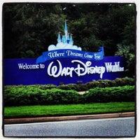Photo taken at Walt Disney World Entrance by Reziel Júnior S. on 6/2/2012