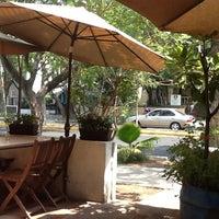Photo taken at La Cafetería by Arturo G. on 6/13/2012