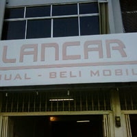 Photo taken at Lancar Mobil by Andi A. on 11/18/2011