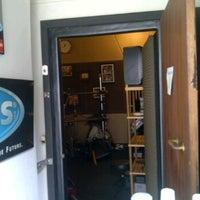 Photo taken at Drum Studio Alto Music School by Wani R. on 7/21/2011