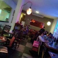 Photo taken at Japinha Sake Bar by Ana Cristina Mokdeci®  on 12/9/2011