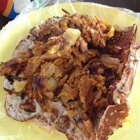 Photo taken at El Gran Gus (Tacos) by Betza G. on 7/6/2012