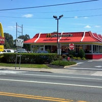 Photo taken at McDonald's by Glynn S. on 8/31/2011