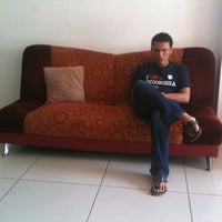 Photo taken at Jomtien hostel by Rapoehcute on 5/16/2012