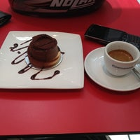Photo taken at Espressamente illy by Bashar Takrouri A. on 5/25/2012