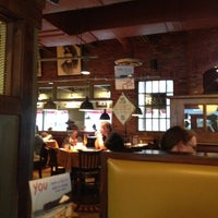 Photo taken at Uno Pizzeria & Grill - Tilton by Scott F. on 8/4/2012