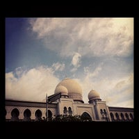 Photo taken at Istana Kehakiman (Palace of Justice) by sailor m. on 10/29/2011