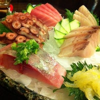 Photo taken at Hideki Sushi Bar e Restaurante by Carlos B. on 12/4/2011